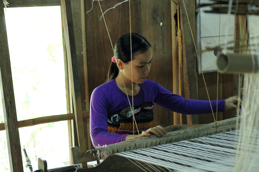 villages artisans vietnam