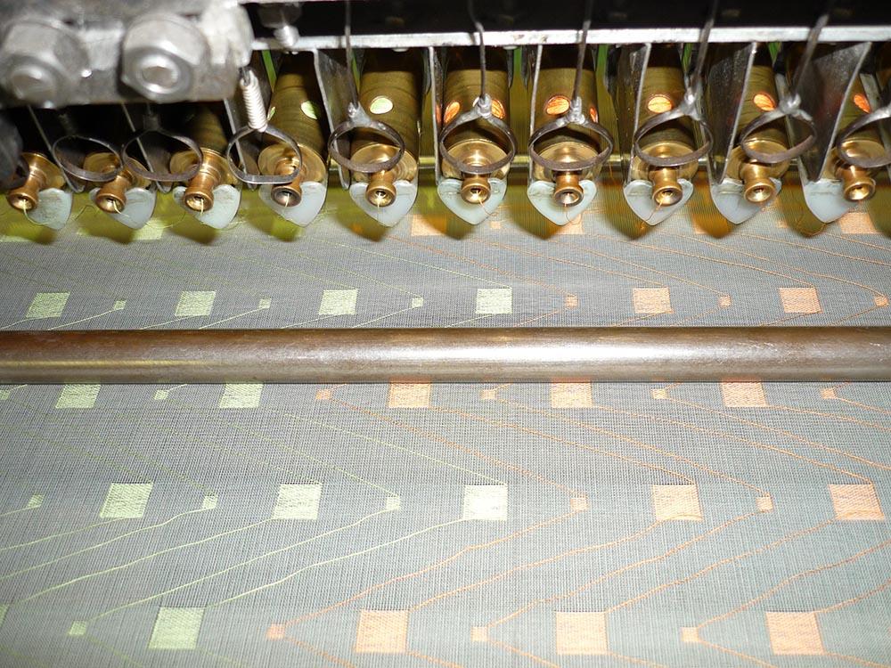 "Broché fabrics - small cylinders (""tonneaux"")"