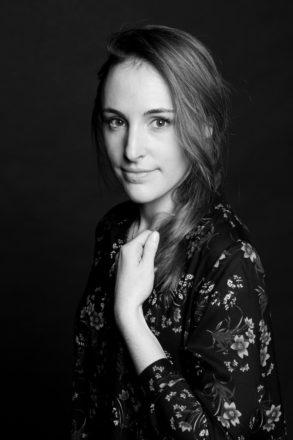 Emmanuelle Barre