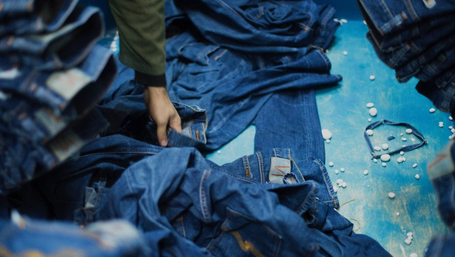 eco-responsible jeans - nudie jeans
